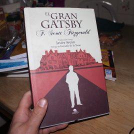 el gran gatsby … f. scott fitzgerald … pasta dura … 207 páginas … ilustrado