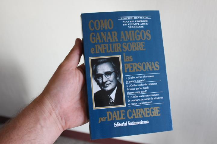Como Ganar Amigos E Influir Sobre Las Personas Dale Carnegie Editorial Sudamericana 334 Paginas Portada Azul