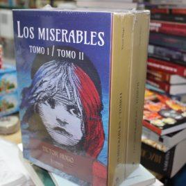 los miserables 2 volumenes en CAJA … victor hugo … editorial mirlo íconos literarios… vol 1. 766 paginas … vol. 2 750 paginas
