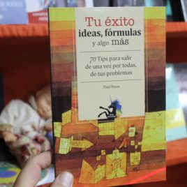 tu éxito, ideas, fórmulas y algo más … 70 tips para salir de una vez por todas, de tus problemas … paul rusac … coleccion unicornio … emu … 95 páginas