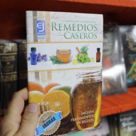 como curarse con remedios caseros … incluye tratamientos de belleza … jatziri … 64 páginas