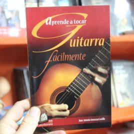 aprende a tocar guitarra fácilmente … juan antonio amezcua castillo … delfin … 95 páginas