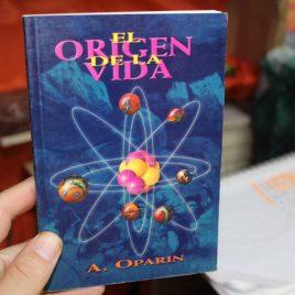 el origen de la vida … a. oparin … 120 páginas … epoca portada atomo