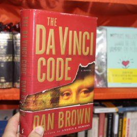 the da vinci code … en ingles … dan brown … pasta dura … usado pero en buen estado