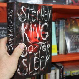 doctor sleep … en ingles … stephen king … pasta dura